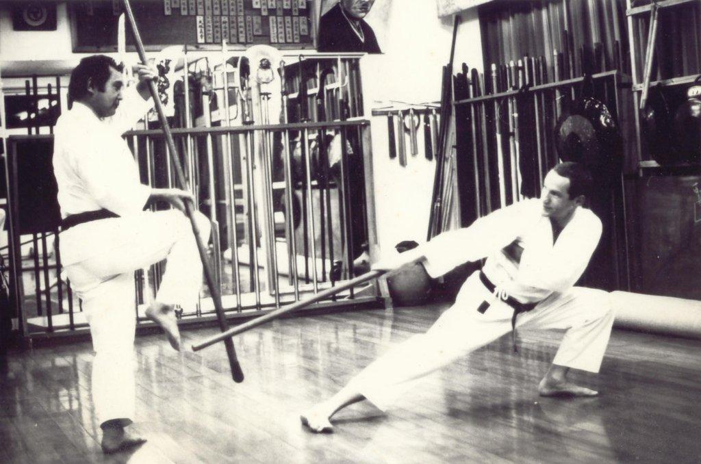Sensei Gakia und Charlie im Zweikampf