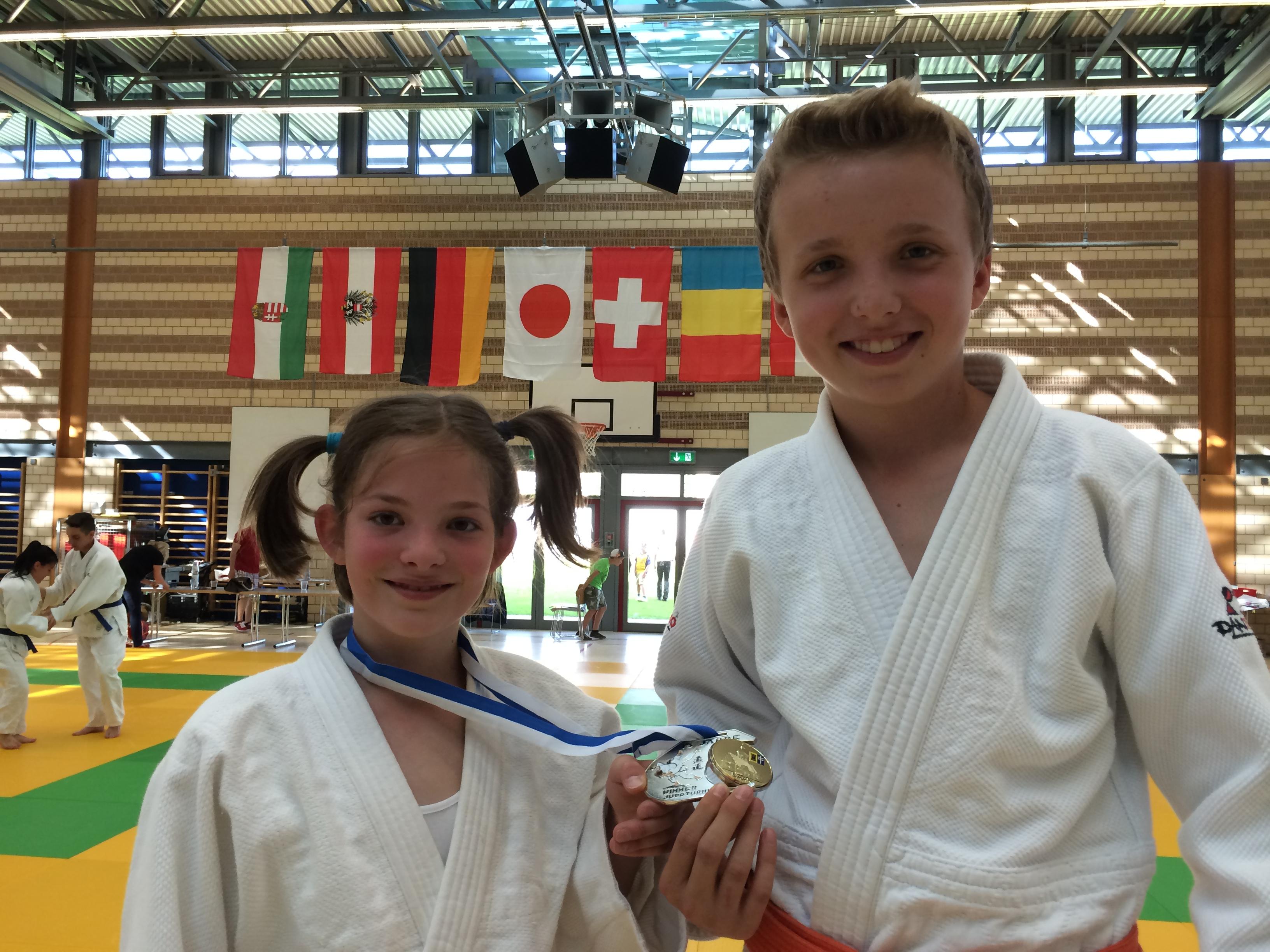 Francesca Albertini und Luca Realini am Winnerturnier mit der sehr schönen Silbermedaille